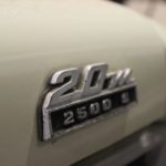 Rear_badge_Ford_20M